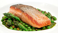 Seared Salmon with Braised Lentils & Asparagus