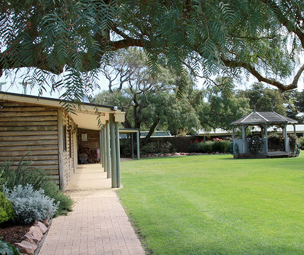 Victoria Wedding Chapel: Island Bay Ranch